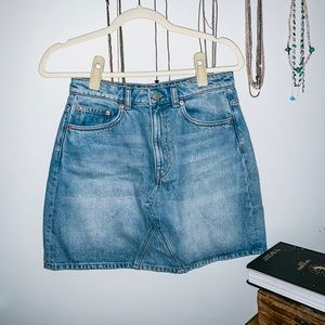 Womens WEEKDAY dream skirt washed blue size 38